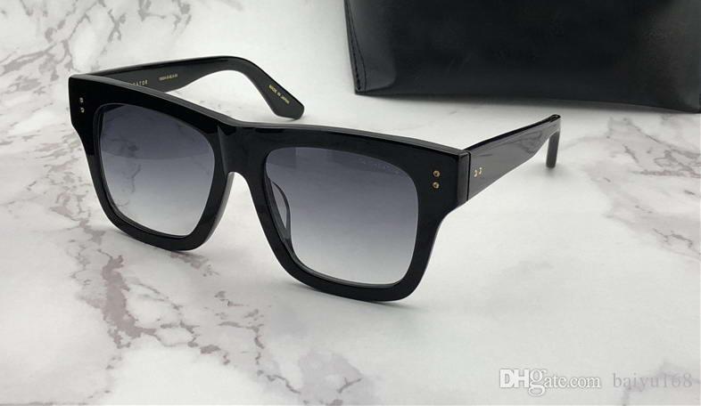Compre Criador Preto Quadrado Óculos De Sol Cinza Escuro Lente Gradiente  Unisex Designer De Marca De Luxo Designer De Óculos Novos Com Caixa. 2535200afb