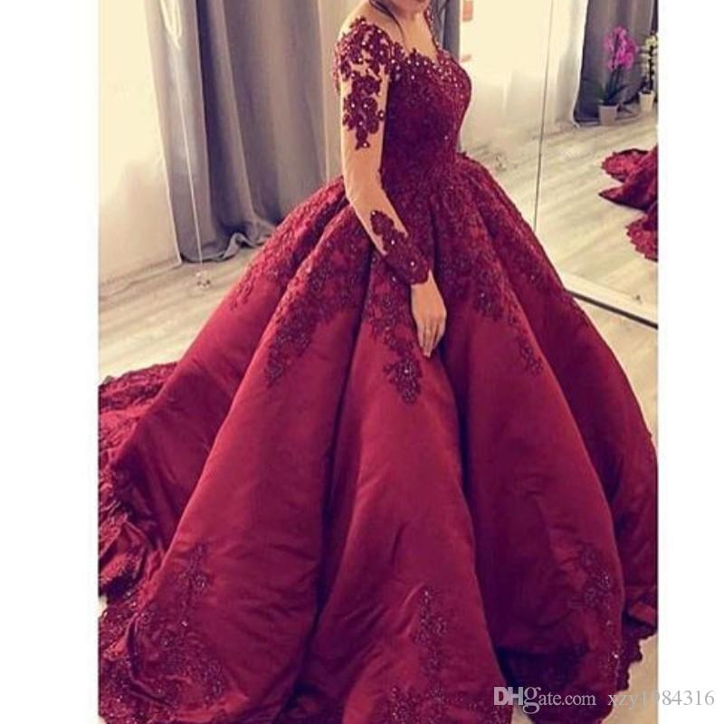 Saudi Arabia Long Sleeve Prom Dress V-Neck Beads Lace Applique Ball Gown Party Dresses Charming Fluffy Tulle Evening Dress Celebrity Gown