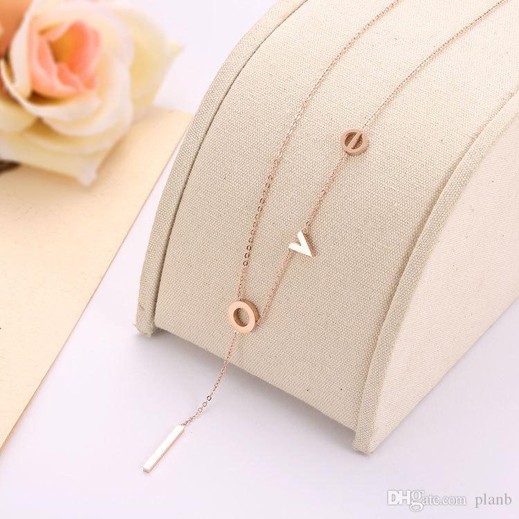 2018 La nouvelle conception de lettre d'amour Colliers d'or 18 carats en or rose chaîne Fashion Femmes Top necklace Bijoux de qualité pour les femmes