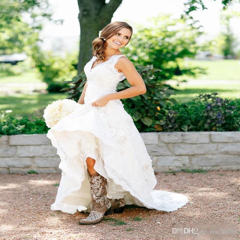 Thé Longueur Robes De Mariée 2018 Vintage Full Lace V Cou Cap Manches Courtes Pays Western Boho Pas Cher Designer Modeste Robes De Mariée Printemps