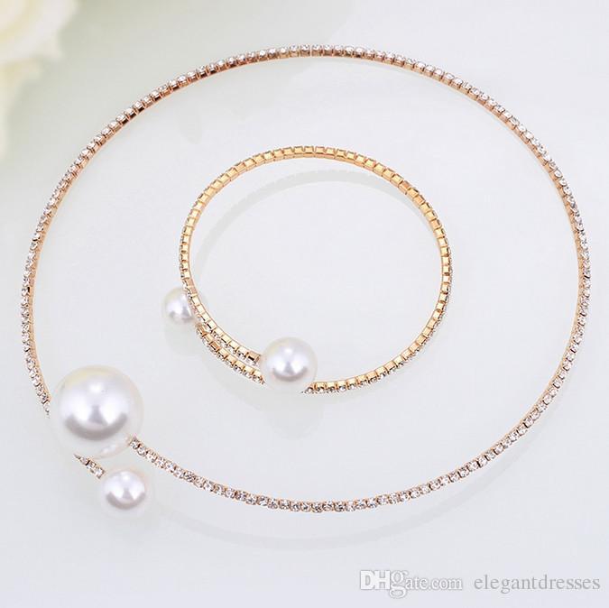 Vendita poco costosa Gioielli da sposa collana e bracciali accessori sposa set strass formale Brides Accessori Bangles polsini