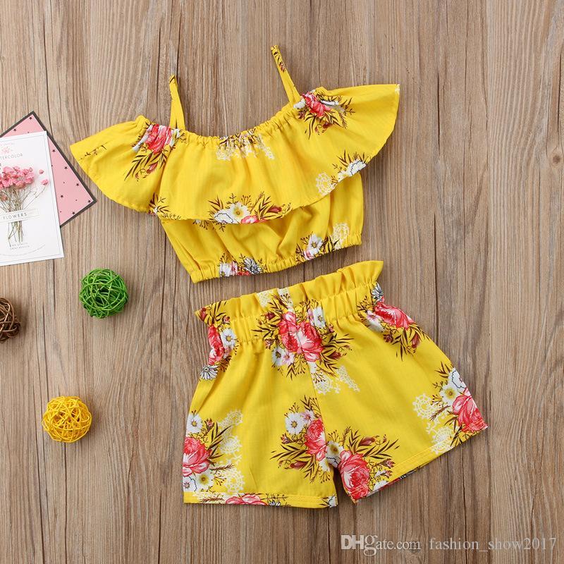 Roupas de Bebê Da Menina Da Criança Amarela Floral Ruffled Strap Tops Vest Calções Bottoms Roupas de Verão Praia Conjunto de Roupas