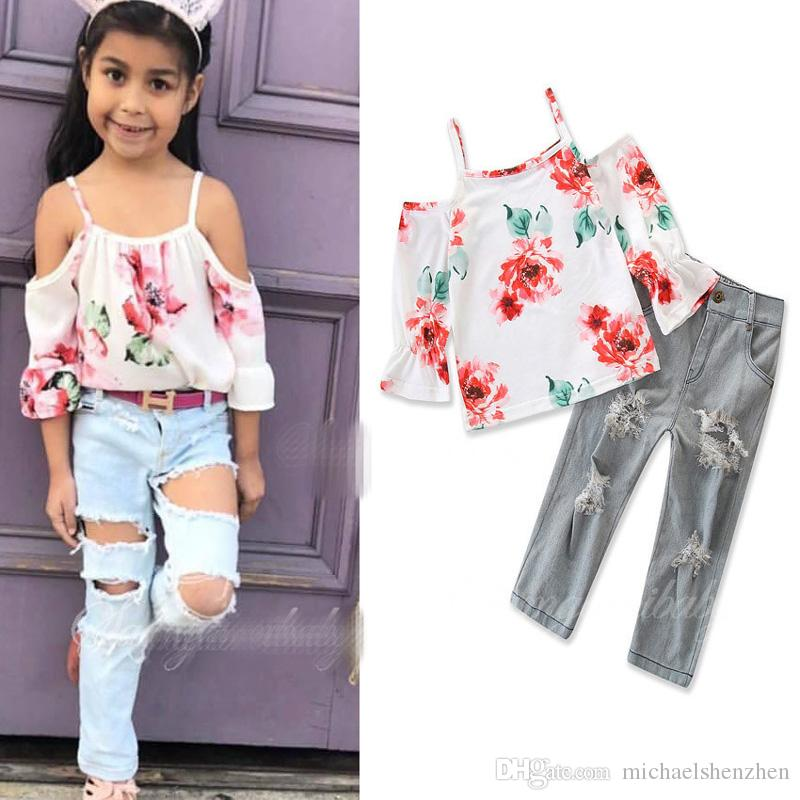 4db6403e6f9c5 Girls INS fashion set 2018 new Children long sleeves flower top +Ripped  jeans 2 pieces set suit Baby kids clothing B001