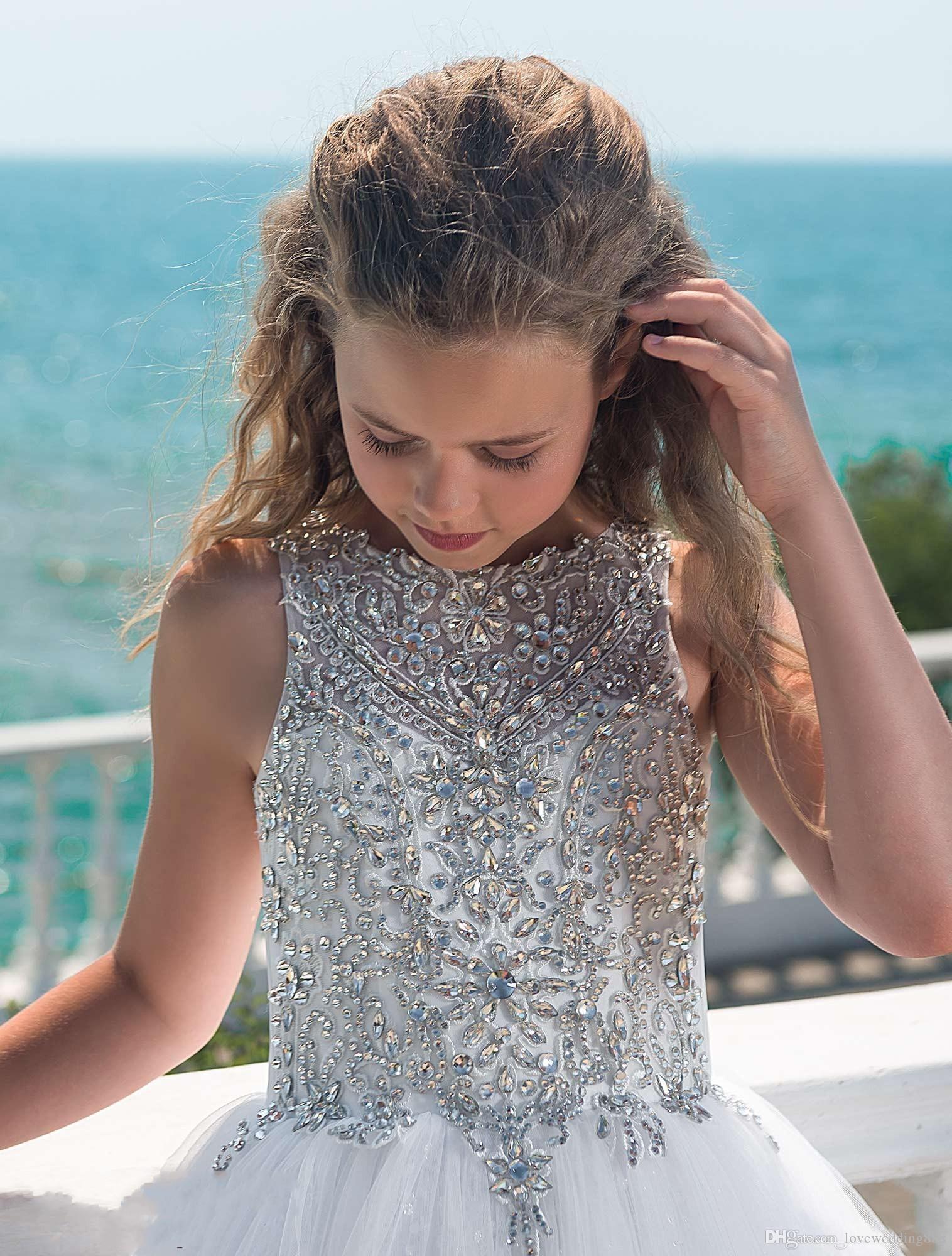 2019 argento perline di cristallo ragazze Pageant abiti del pavimento di Tulle Spiaggia Lunghezza fiore ragazza abiti matrimoni Comunione personalizzato