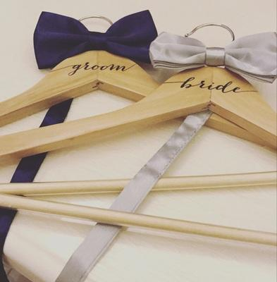 Personalized Wooden Wedding Dress Hanger name Bride Bridesmaid Groom Best  man gifts hangers 2pcs lot free shipping
