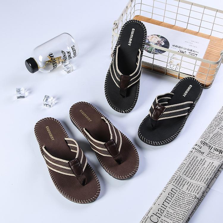 b4c2e93ff Compre Casual Verano Para Hombre Cómodo Sandalias De Playa Y Zapatillas  Tendencia Ojotas Antideslizantes Zapatos Transpirables Pie Envío Gratis A   10.06 Del ...