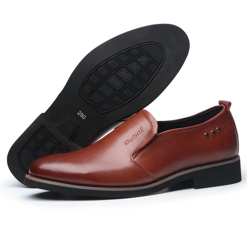 94ab60e330b Compre Zhengou 2018 Oficina Hombres Zapatos De Vestir Hombre Italiano  Zapatos Casuales Oxfords Traje Hombre Pisos Zapatos Hombre A  94.28 Del  Ajshoesstore ...