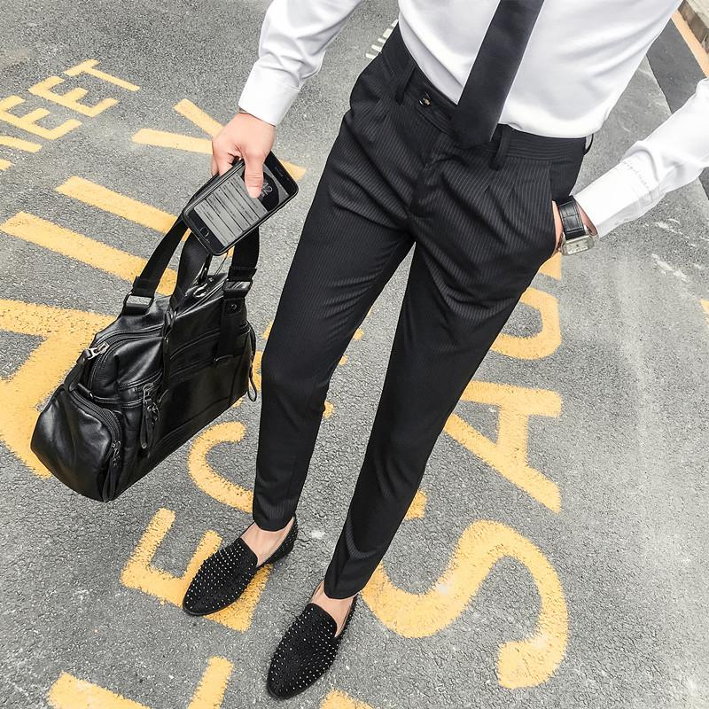 2017 Streifen Anzug Hosen Herren Grau Sozial Cargo Hosen Herren Schwarz Business Hosen Pantalon Homme Club Klassische Hosen Slim Fit