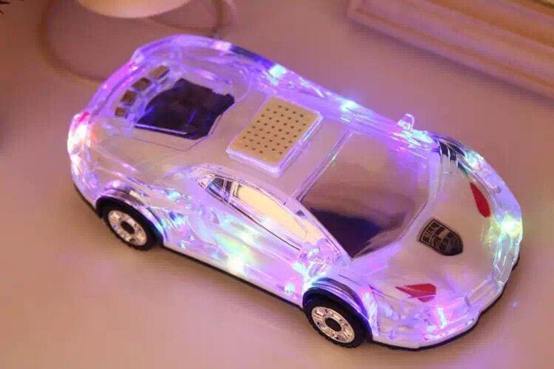 Altoparlante portatile Bluetooth senza fili Altoparlante a forma di LED Mini altoparlante a forma di cristallo colorato altoparlante Supporto TF FM MP3 Music Player MIS184