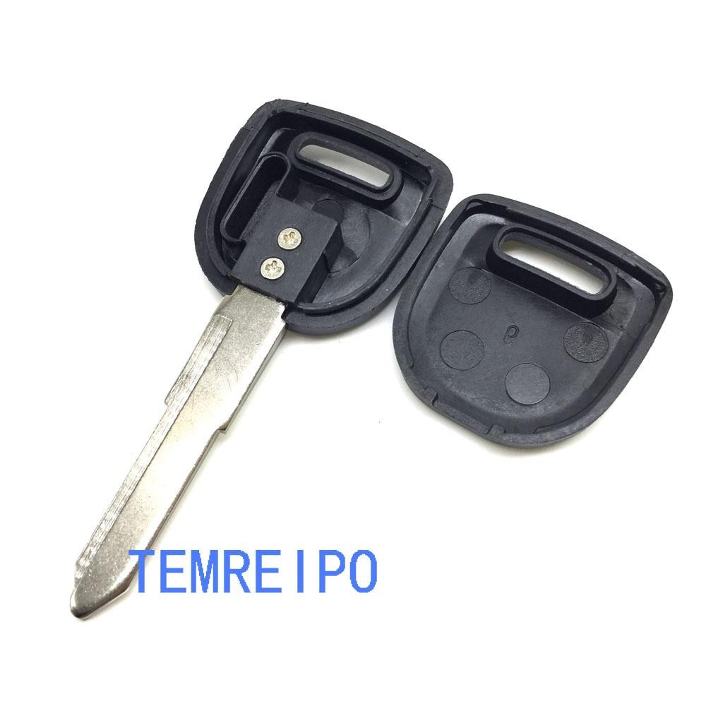 replacement car key case for mazda transponder key shell chip key blank with right blade fob
