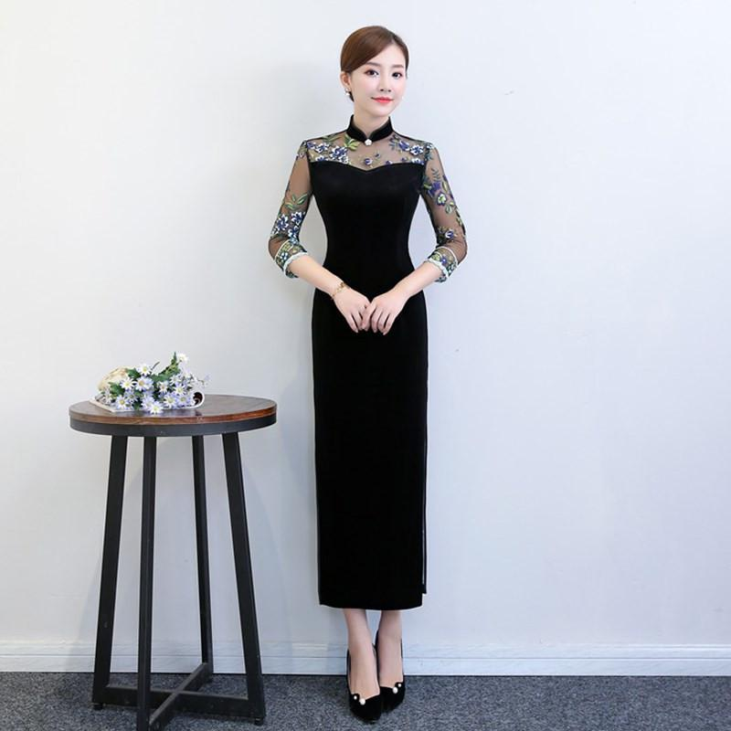 eab520cbad New Arrival Oriental Dress Chinese Style Dress Long Velvet Cheongsam Flower  Embroidery Qipao Chinese Women's Plus Size 4XL