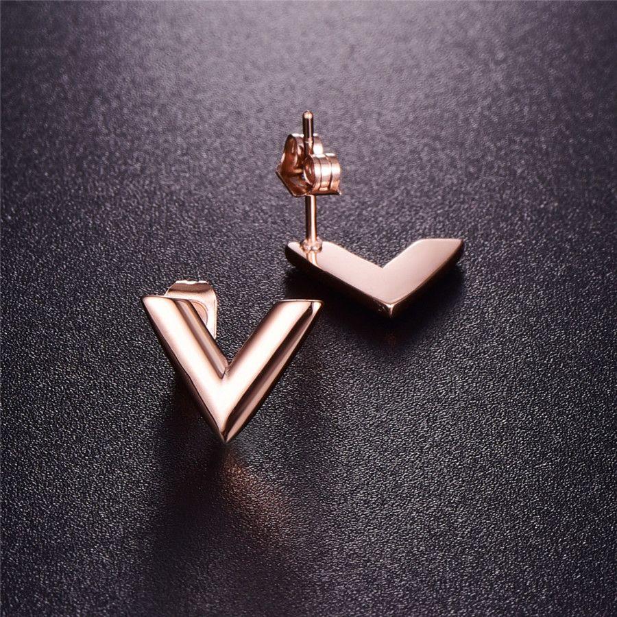 Серьги из нержавеющей стали из нержавеющей стали 316L для женщин Розовое золото-цветной бренд V Письмо треугольник Симпатичные серьги-гвоздики Подарок ювелирных изделий
