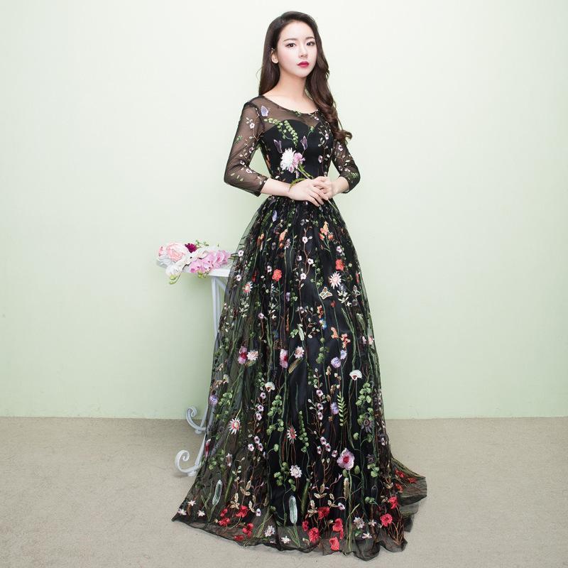 e2ddc9dad6ed 2018 Schwarz Cheongsam Sexy Qipao Frauen Lange Traditionellen Chinesischen  Kleid Abendkleid Party Kleider Stil Chinois Femme