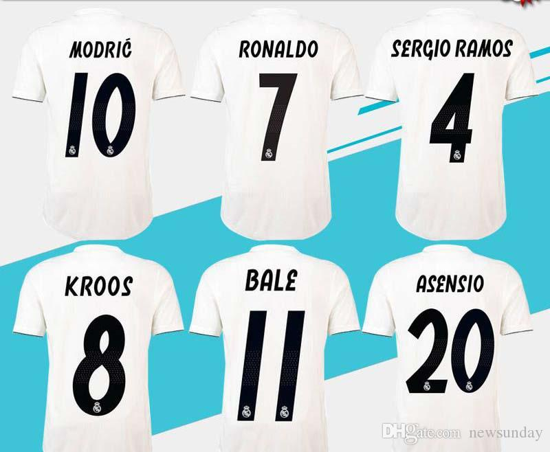 Compre 2018 19 TOP Thai Qualidade Camisas De Futebol Real Madrid CR7  Camisas De Futebol 9 BENZEMA 11 BALE 7 Toni Kroos Nome Personalizado  RONALDO Desgaste ... 4fe291c3a9a5f
