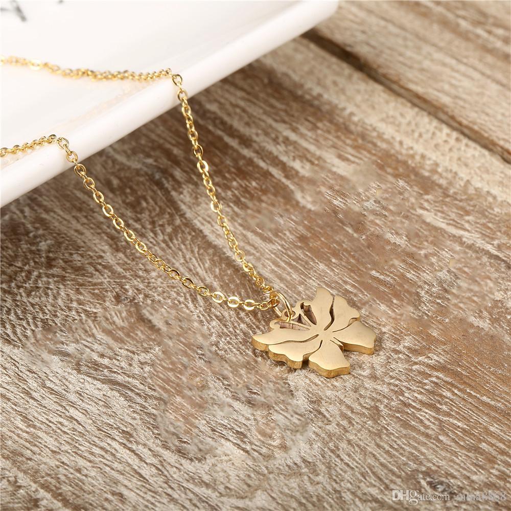 Collana in argento a forma di farfalla color argento / oro Moda donna Collana in acciaio inossidabile fatta a mano con design semplice