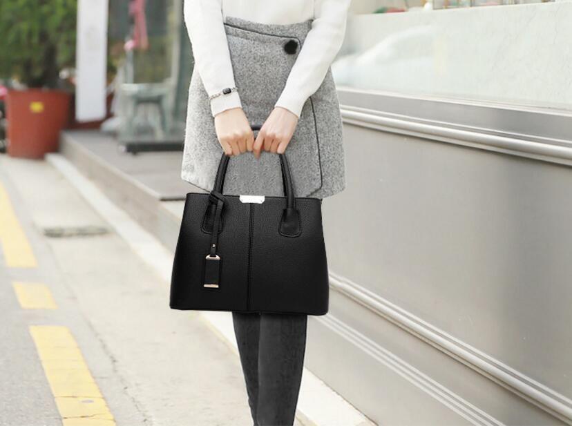 Leather Women Men Bag Rivet Crossbody Bag Women s Clutch Patchwork  Messenger Sluxury Handbags Women Bags Designer Clutch Hand Bag Wallet Women  Clutch Hand ... cd230e84392f2