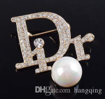 f2725664b49 2019 2018 Hot Crystal Rhinestone Letter Brooch Pin Hollow Corsage Brooches  Women Fashion Jewelry Costume Decoration From Hangqing, $7.02 | DHgate.Com