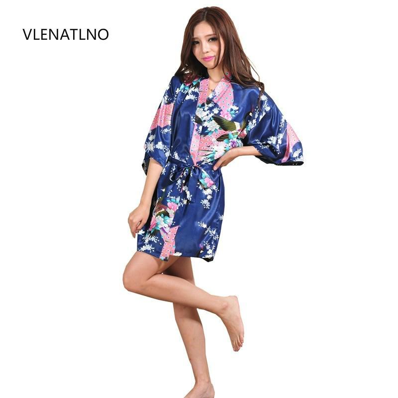 5c8b3346b9 2018 Silk Satin Wedding Bride Bridesmaid Robe Floral Bathrobe Short Kimono  Robe Night Bath Fashion Dressing Gown For Women From Rykeri