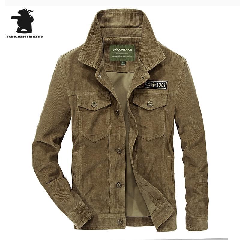 Acquista Vendita All ingrosso Giacca Di Velluto A Coste Da Uomo Di Design  Moda Solido Piumino Collo A Spalla Cappotto Plus Size Giacca Casual Uomo  Ourwear ... e1b4f0cd7bf