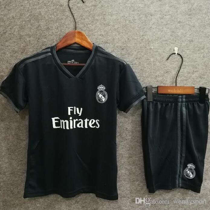 2019 Free Shippping 2018 2019 Real Madrid Away Kids Kit Soccer Jersey  RONALDO BENZEMA BALE SERGIO RAMOS MORATA ASENSIO Football Shirt From  Wendysport 7b2f19d76