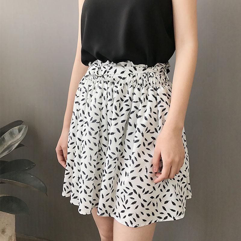 5fd9b1190 2018 faldas de verano de estampado blanco mujer falda de gasa de cintura  elástica corta Femme linda calle de mini faldas de cintura alta cintura