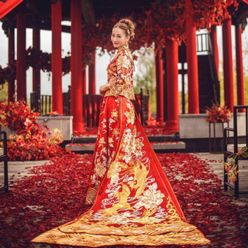 3b9812d658f0 Acquista Abito Da Sposa Tradizionale Cinese Cheongsam Long Qipao Red Women  Phoenix Embroidery Robe Abiti Stile Orientale A  288.33 Dal Linglon