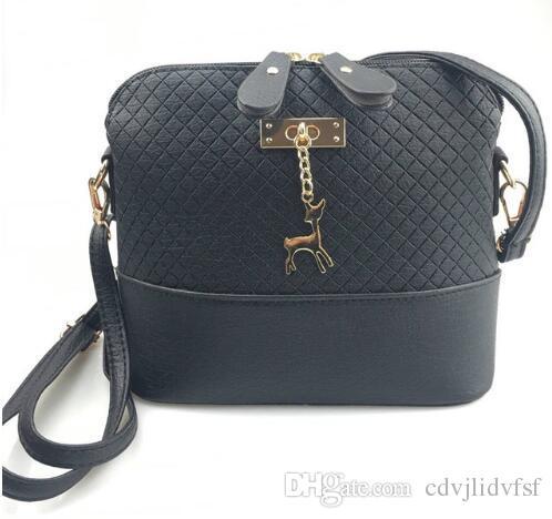 2018 Women Shoulder Bags Fashion Mini Bag With Deer Toy Shell Shape Women  Small Messenger Crossbody Bag Ladies Zipper HandBags Black Bags Crossbody  Purse ... c0f000bb094d1