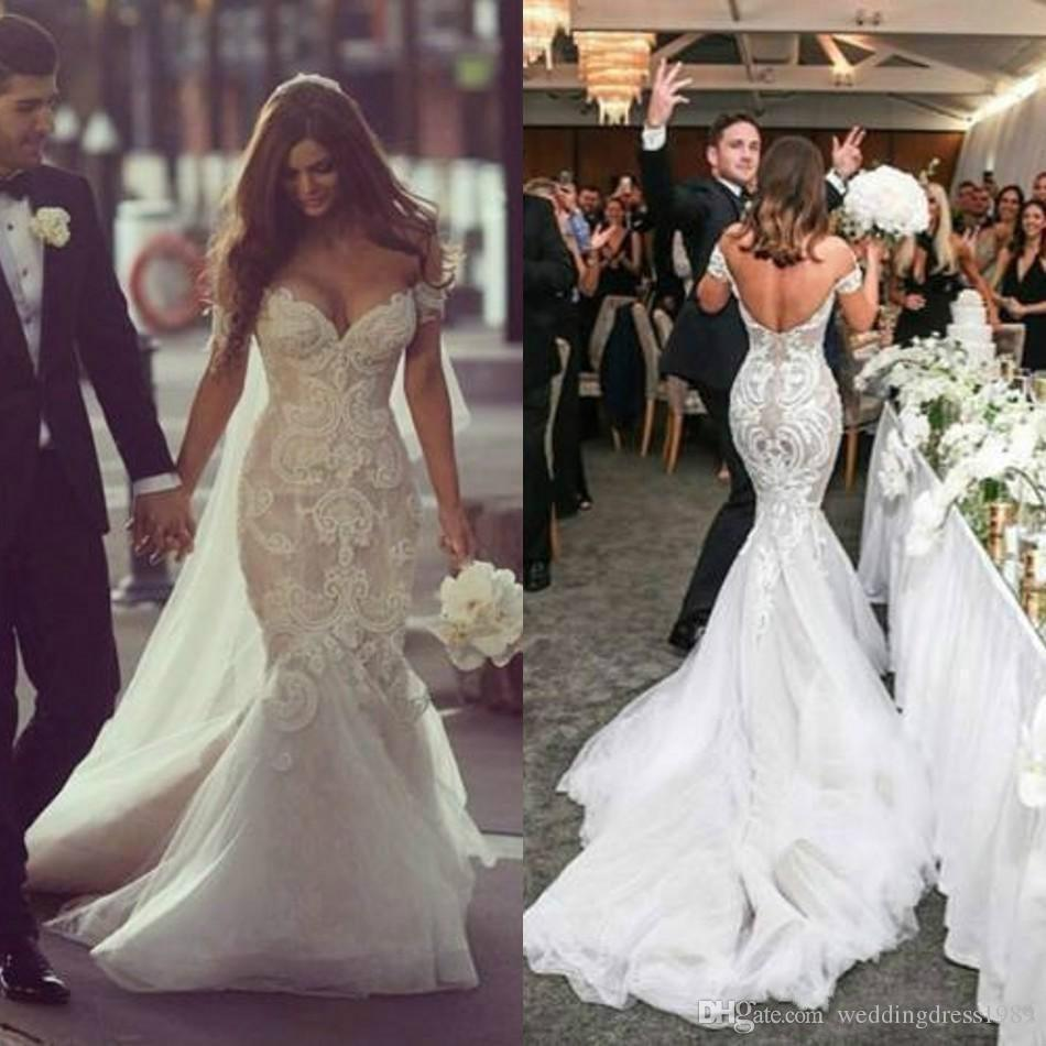 2a8cfca0b1a48 Sexy Lace Mermaid Wedding Dresses Fitted 2018 Arabic Dubai Tulle Bridal Gown  Ivory Train Church Bride Dress New Arrival Plus Size Kate Middleton Wedding  ...