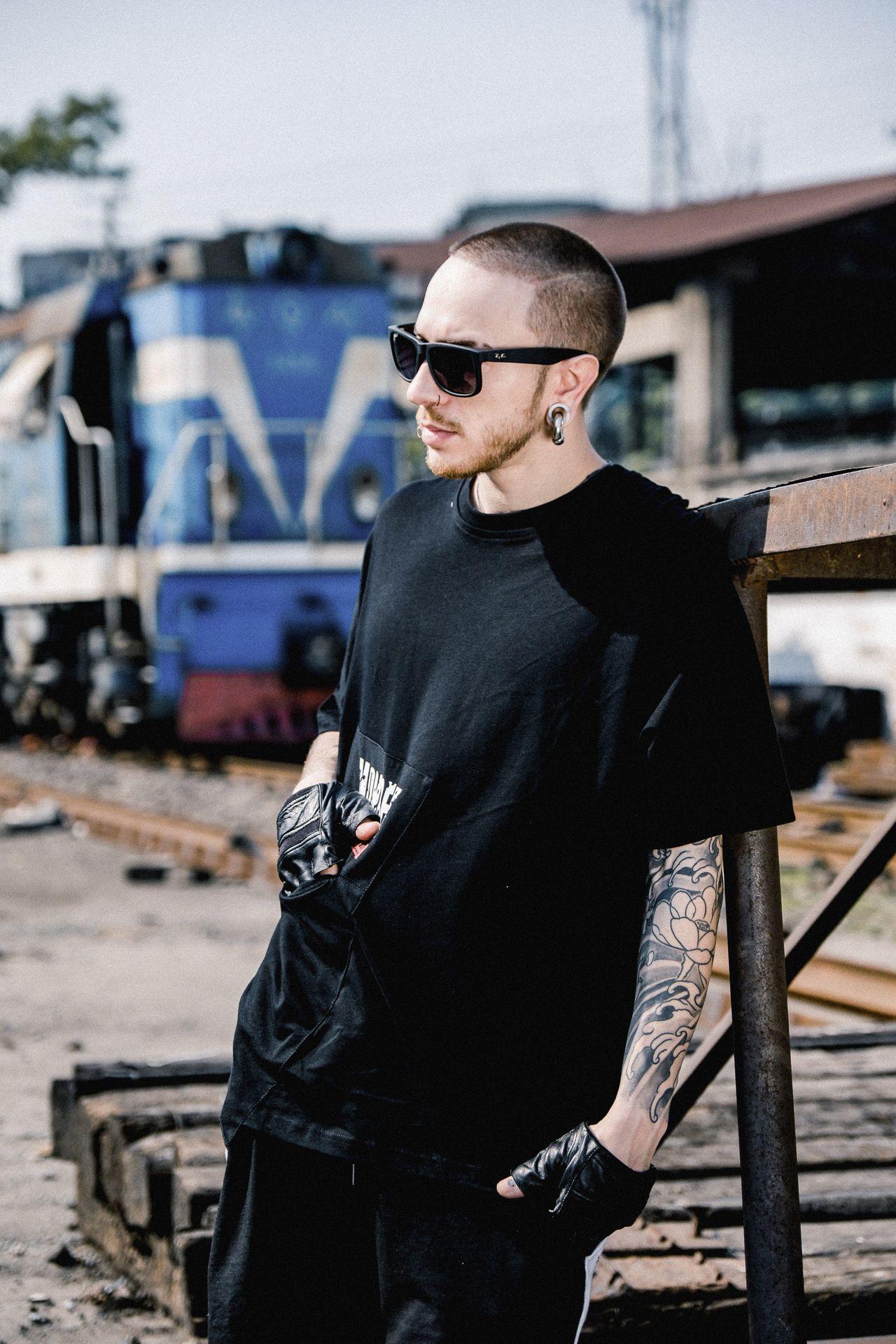 2efd08ef New Style Street Loose Half Sleeveless Shirt Male And Female Hip Hop ...