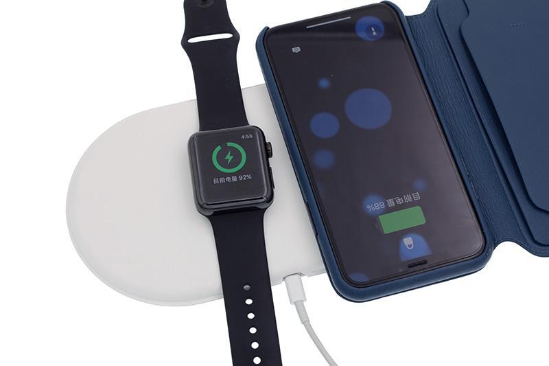 AirPower Triple Wireless Ladegerät für iPhone X 8 Plus Apple Watch für Samsung S8 S9 Plus 3 in 1 Wireless Ladegerät mit Kleinpaket /