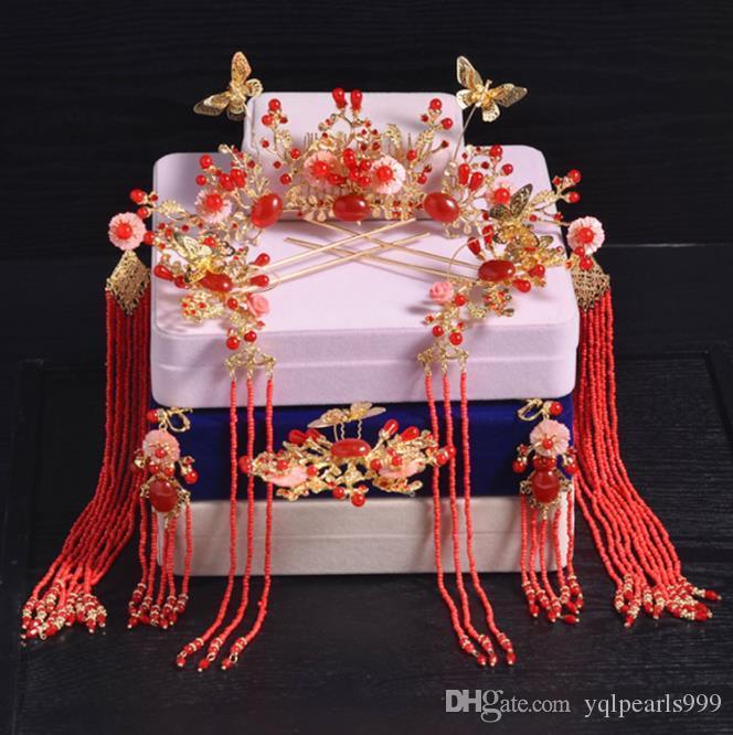 Gelin kırmızı Çin stili kostüm, taç, saçaklı püskül, saç tokası, düğün gösterisi, elbise, kuaför seti.