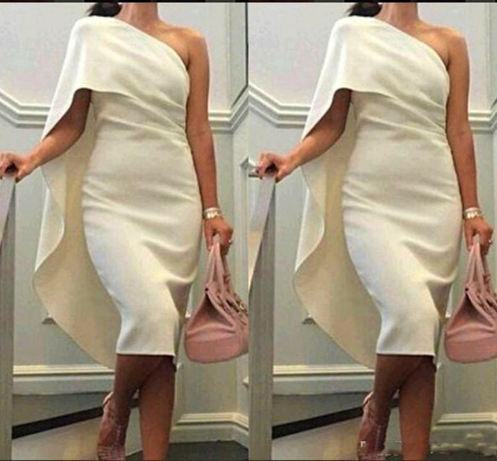 2020 Robes de cocktail courtes une épaule gaine robes de bal avec la longueur du Cap Tea Party Dress Taille Plus de Robes de Homecoming formelle