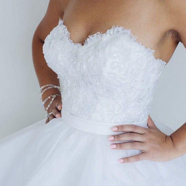 Modest Querida Lace Vestidos De Noiva Vestidos De Noiva 2018 Sexy Backless Longo Varredura Vestidos De Novia Tulle
