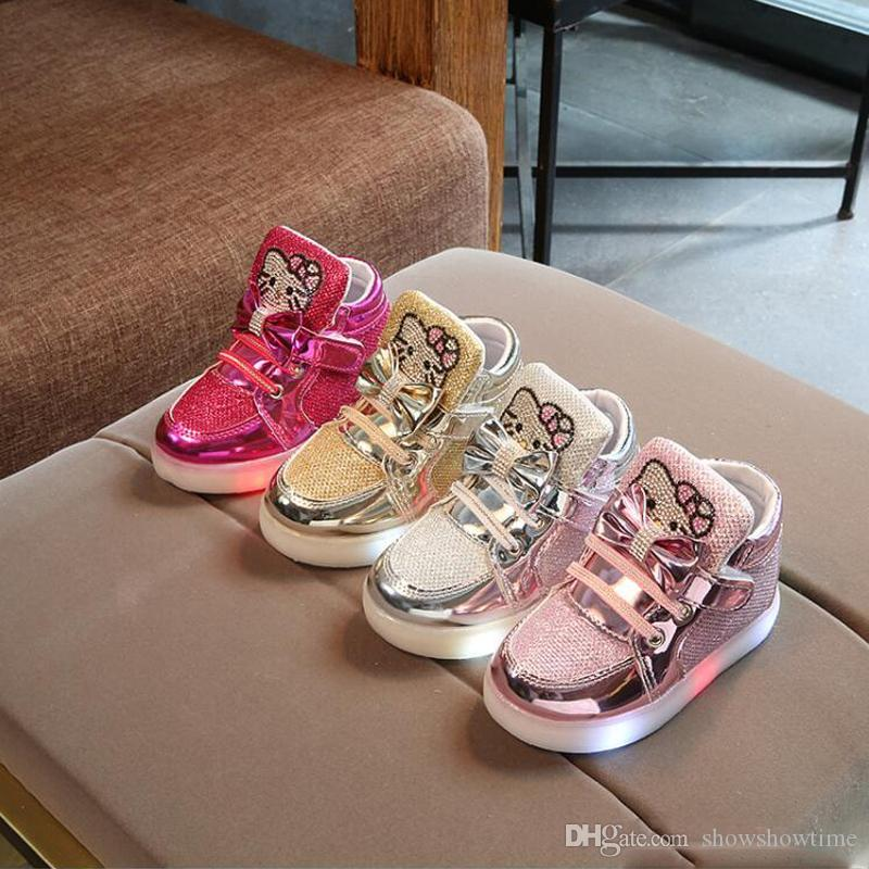 Kids Casual Lighted Shoes Girls Glowing Sneakers Children Shoes With Led Light Baby Girl Lovely Boots