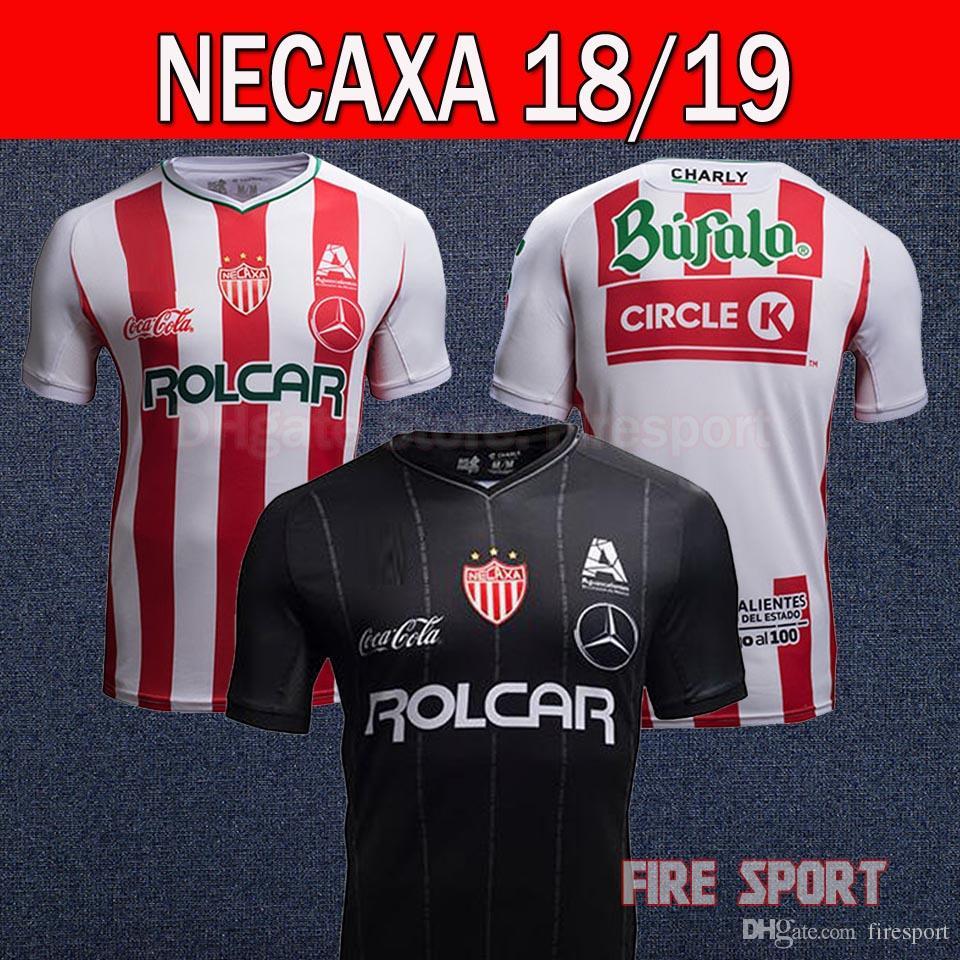 Compre 2018 2019 LIGA MX Clube México Necaxa Camisa De Futebol Em Casa Red  Away Road Camisas Brancas 18 19 Tailândia Qualidade Personalizar Camisa De  ... ea5653918db71