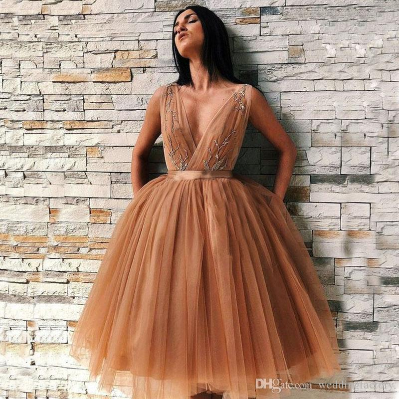 9e1d9118ac Charming Short Prom Dresses Deep V Neck Sleeveless Ruched Pleated Tulle  Under Knee Length Evening Party Gowns With Sash Appliques Chiffon Prom Dress  ...