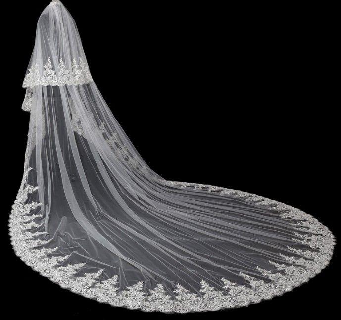 La nouvelle dentelle coréenne grande queue longue robe de mariée mariée décontractée à la main en gros