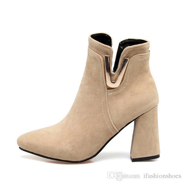 b992df767c4153 Acheter Dames Bottes Courtes Bloc Chunky Talon Haut Chaussures Femmes Bout  Pointu Bottines Noires En Daim Bottes En Cuir Grande Taille Martin Bottes  ...