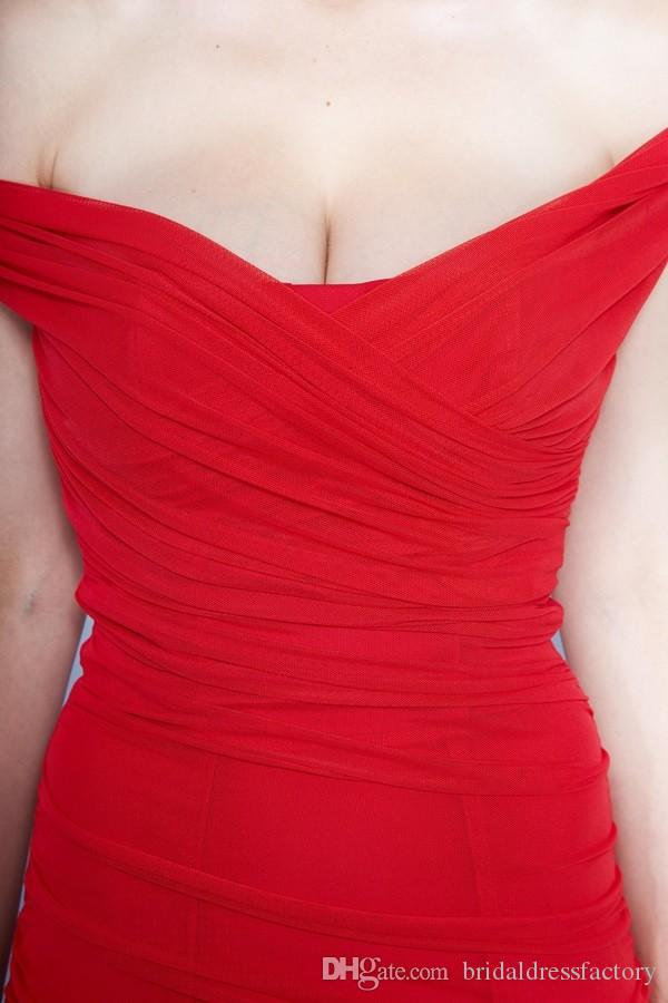 2018 Sexy Red Cocktail Dresses Scoop Sheath Short Party Dresses Fashionable Summer Style Dresses
