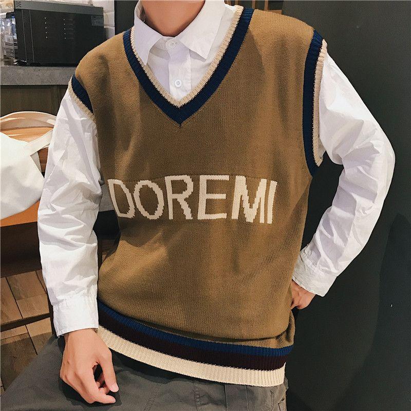 Großhandel Brief Farbe Kontrast V Ausschnitt Adrette Herren Pullover  Ärmellose 2018 Herbst Pullover Lose Pullover Männer Boy Student Von  Maluokui, ... 76ab4e8034