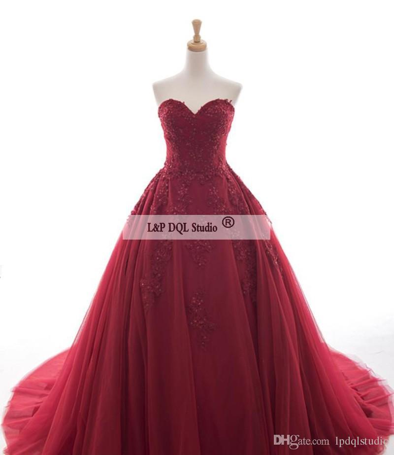 Robe de bal rouge foncé robe de bal Applique florale avec des perles paillettes Plis Tulle balayage train robes de soirée de haute qualité