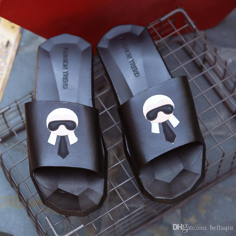 3959de9b64dce2 New Fashion Women And Men Summer Sandals Casual Shoes Printing Galeries  Lafayette Brand Designer Slippers Boys And Girls Slippers Size 35 45 Work  Boots Wide ...