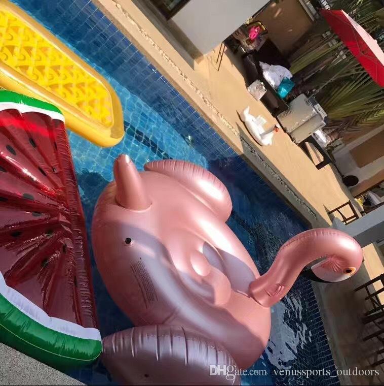 Galleggiante gonfiabile del tubo di galleggiamento di galleggiamento di galleggiamento del fenicottero della rosa dell'oro Piscina gigante gigante di nuotata del raggruppamento di nuotata di estate Giocattoli di stagno di divertimento dell'acqua