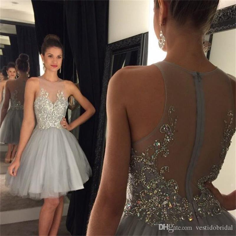 Seksi Mezuniyet Elbiseleri Jewel Boyun Illusion Kristal Boncuklu Kısa Gri Tül Parti See Through 8. Sınıf Mezuniyet Kokteyl Önlük Balo Giymek