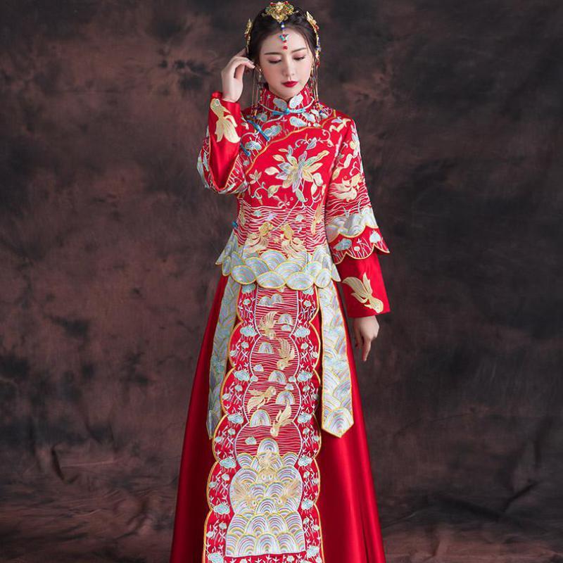 Robe de mariee rouge asiatique