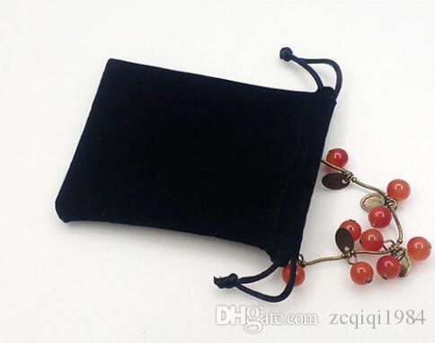 블랙 7 * 9cm 벨벳 보석 파우치 크리스마스 선물 가방 선물 보석 목걸이 팔찌 귀걸이 포장 헝겊 가방에 맞는