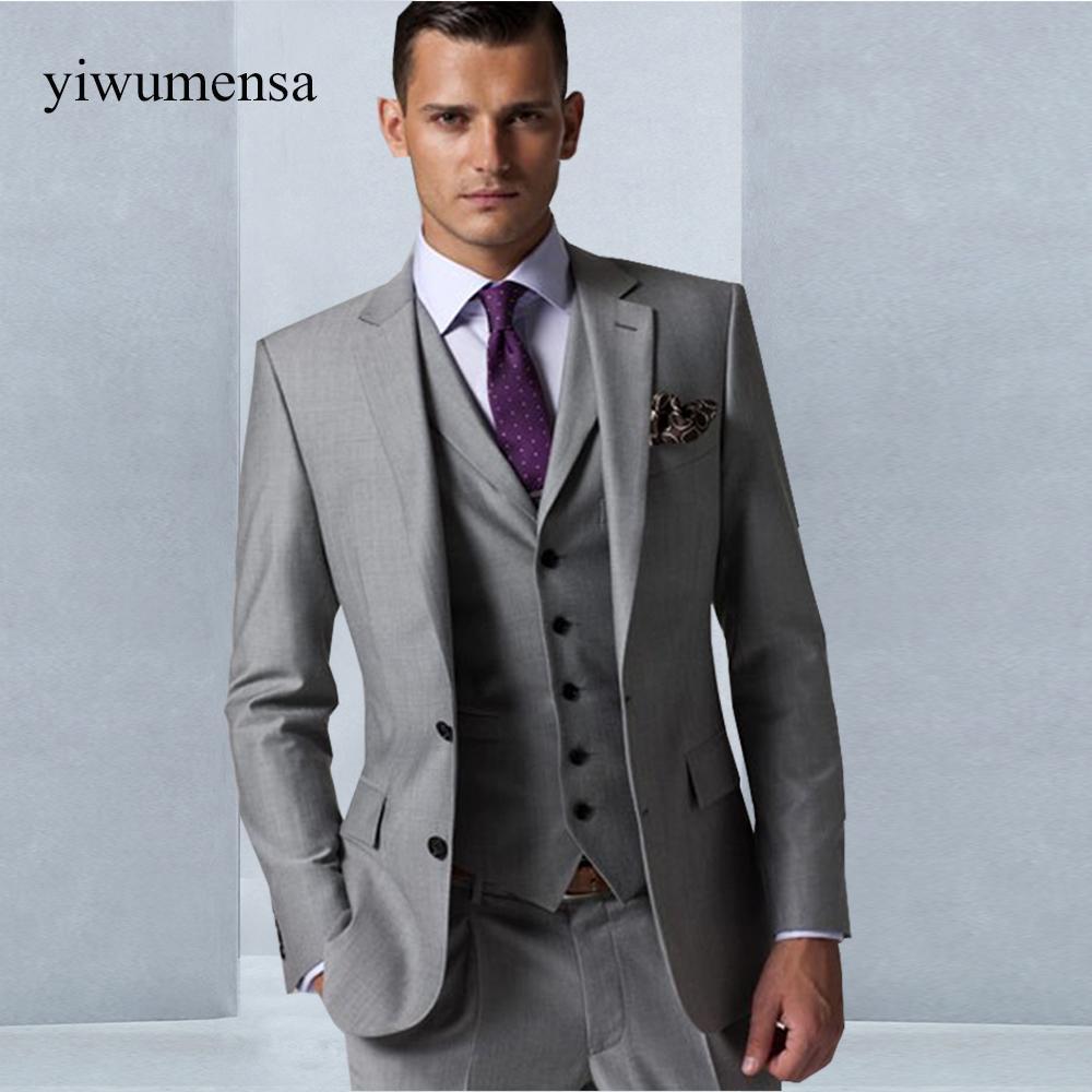 dcd4a2f5aec Acheter Custom Made Grey Hommes Robe De Mariage 2018 Tuxedo Groom Costume  Formel Mens 3 Pièces Veste + Veste + Pantalon Mariage Costume Homme Robes  De ...