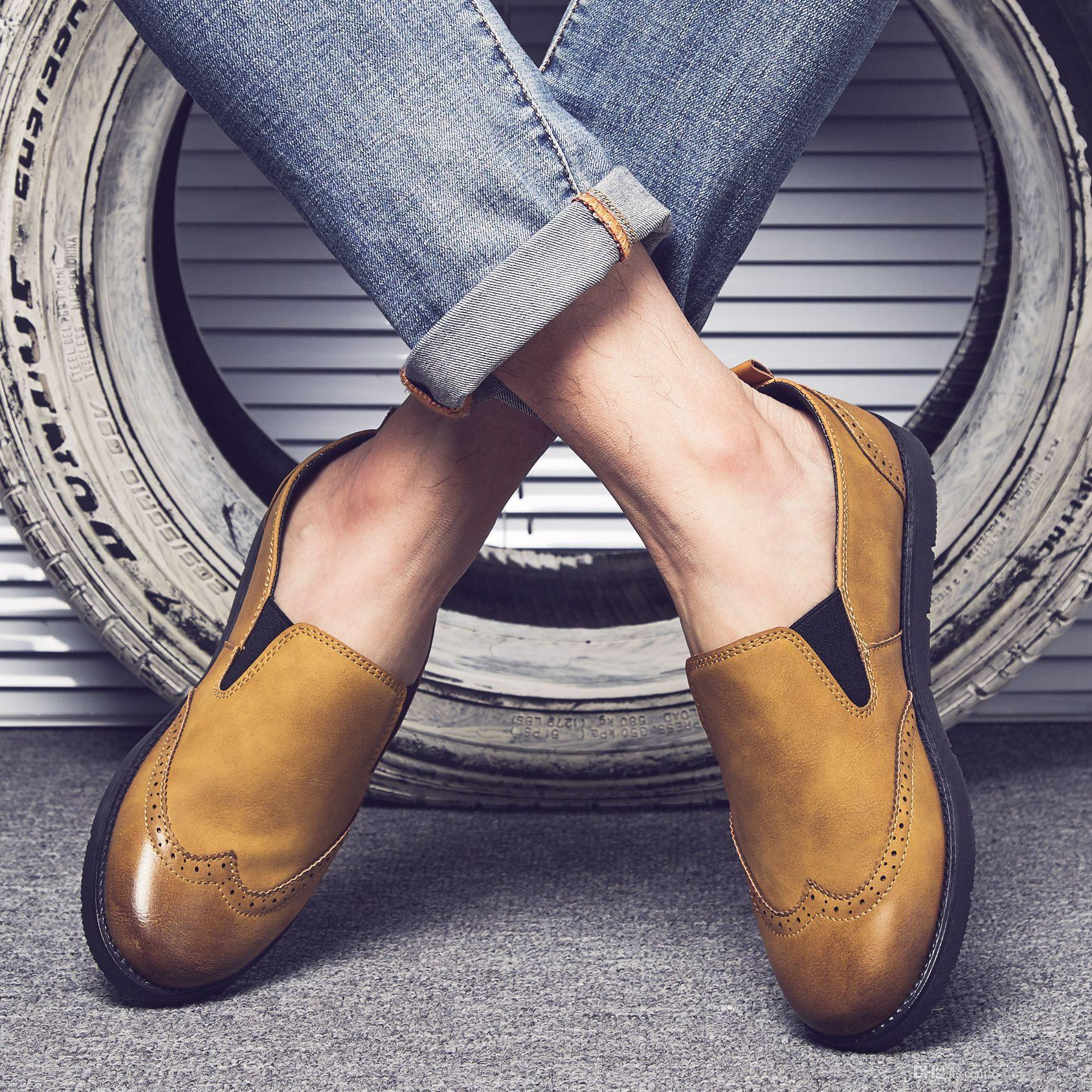 3ec68c48225 Compre Sapatos Da Moda 2018 Homens Sapatos De Couro Homens Mocassins Sapatos  Casuais Homens Heren Schoenen Buty Damskie Mocasines Hombre Scarpe Uomo ...