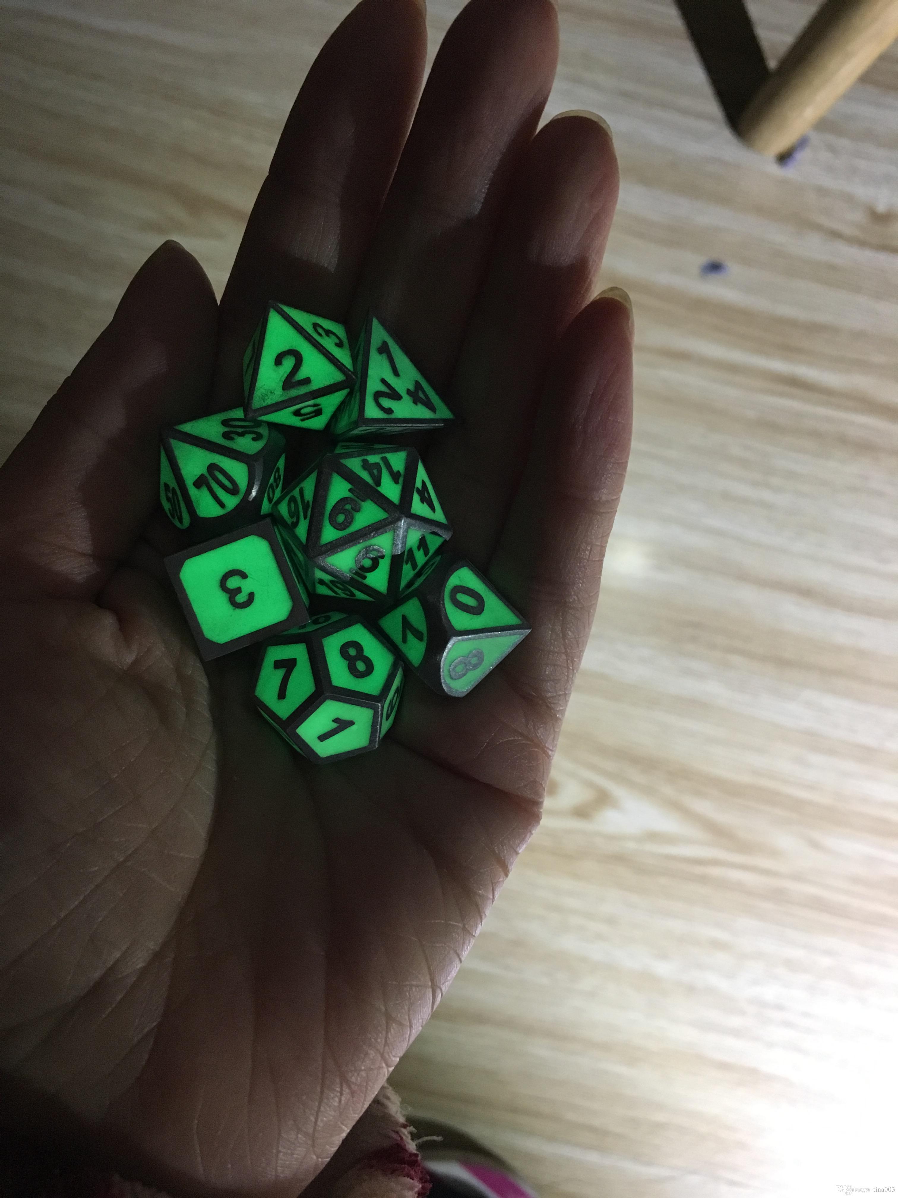 Polyedrici Metal Dice Metal Glow In The Dark Set giochi DnD DD e giochi RPG da tavolo
