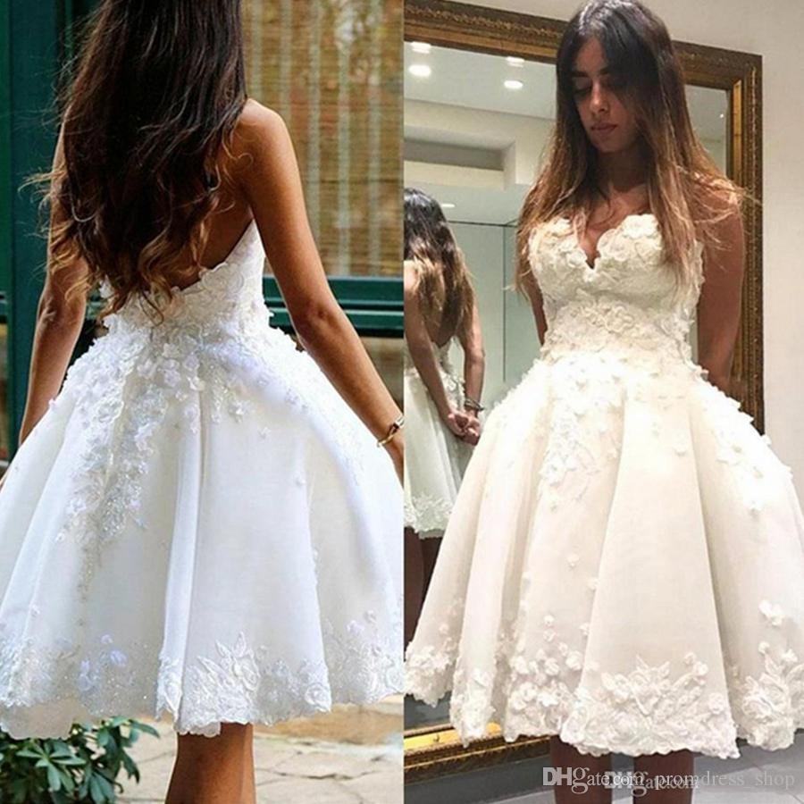 2019 New Sweet Open Back Short Homecoming Dresses Lace Appliques Sweetheart Knee Length Cocktail Prom Gowns 16 Girl Party Custom Made